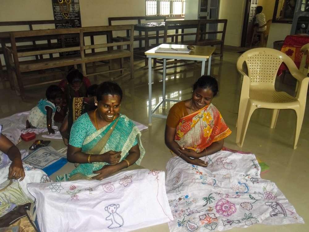 Tamil-Nadu-FoundationEmbroidary-class-